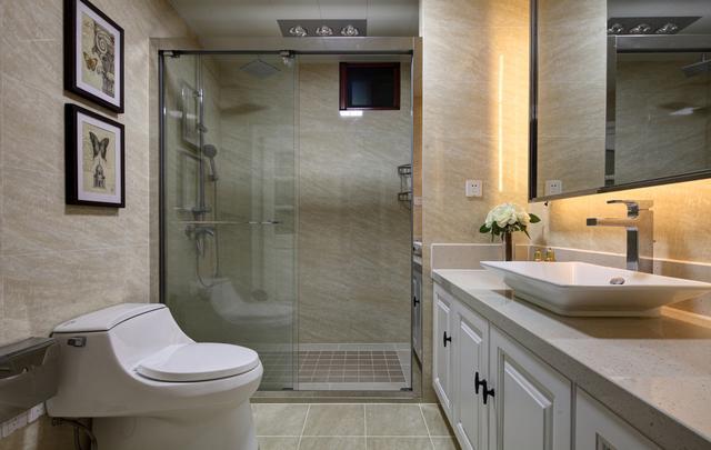无窗洗手间必定是鸡肋?我家装修时做了3件事,暗卫比明卫还好用 第2张图片
