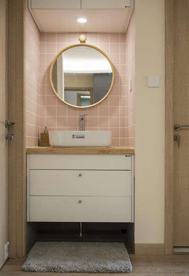 无窗洗手间必定是鸡肋?我家装修时做了3件事,暗卫比明卫还好用 第12张图片