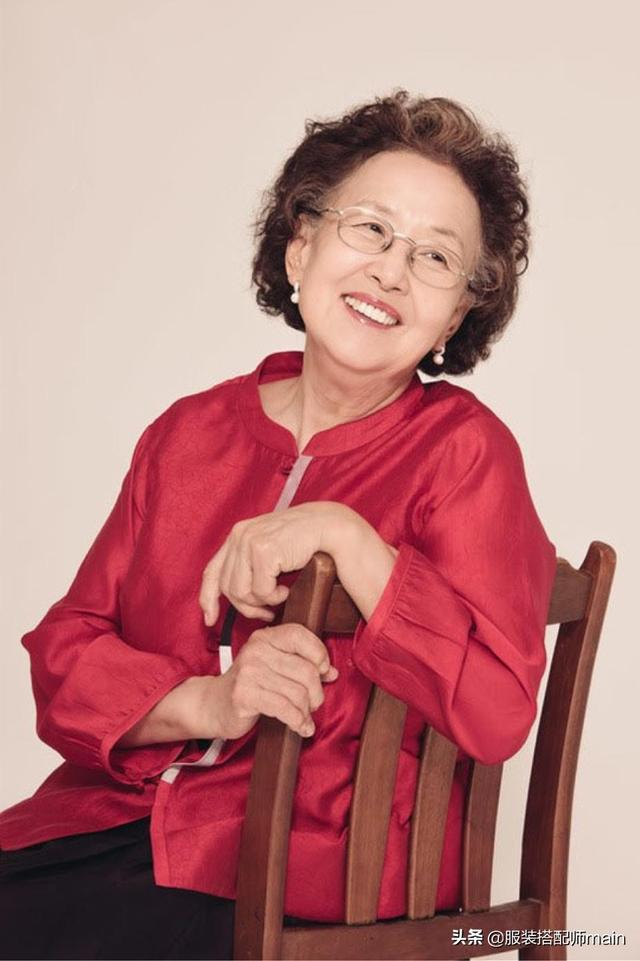 """韩剧""""百姓奶奶""""必杀技曝光!比演技更圈粉的,竟是她的脸色包 第27张图片"""