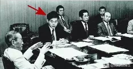 有钱真能为所欲为?财阀个人逼宫,被三星控制的韩国到底有多惨? 第6张图片