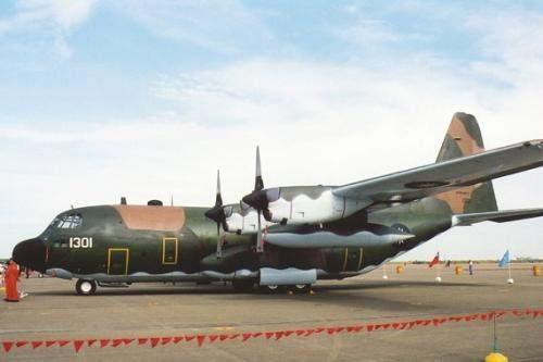 美军机不到二个月三次下降宝岛台湾,事不外三,三次了,怎样办? 第2张图片