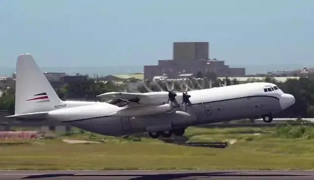 美军机不到二个月三次下降宝岛台湾,事不外三,三次了,怎样办? 第1张图片