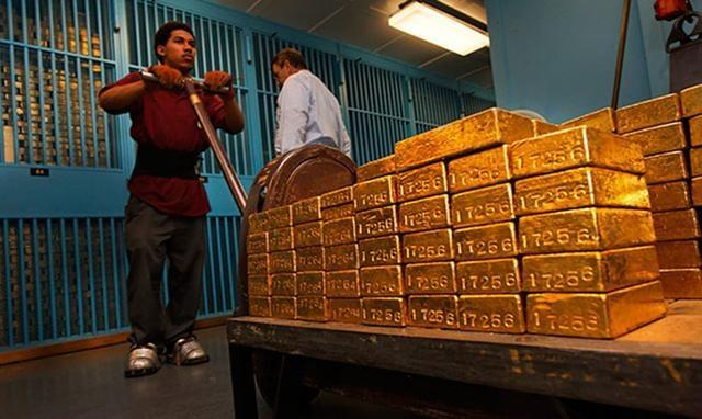 美国财政部:中国抛2016亿美债,美或余粮不敷,数千吨黄金或抵中国 第6张图片