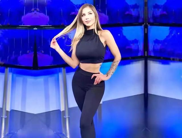 阿根廷女主持,身段曲线完善,收视率暴涨,好身段离不开自律 第4张图片