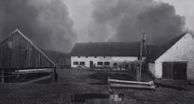 1921年,德国一农场阁楼每晚传出诡异脚步声,半年后全家惨遭灭门