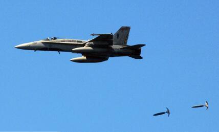 美国中央司令部司令:塔利班若继续进攻,美军就继续空袭