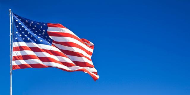 美国二季度经济堪忧,疫情再次肆虐,拜登对抗中国,已经没有底气