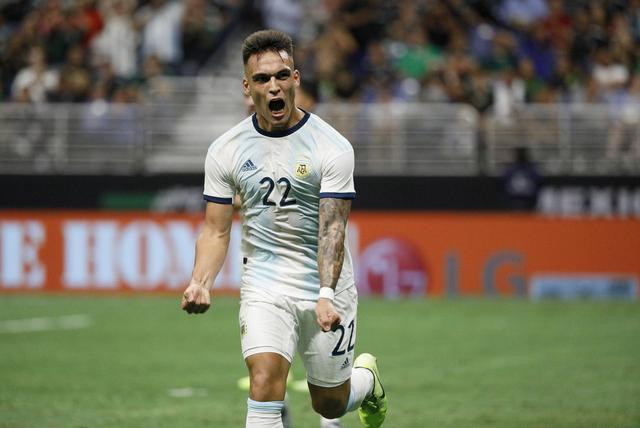 劳塔罗:阿根廷现在世预赛的形势很好,我们很高兴