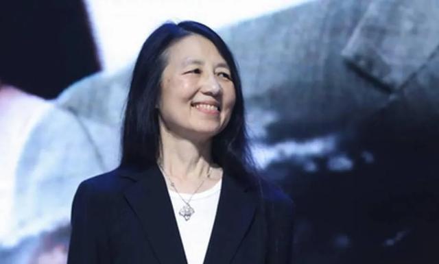 ACM与IEEE双Fellow、华人女计算机科学家周以真:可信 AI,未来可期
